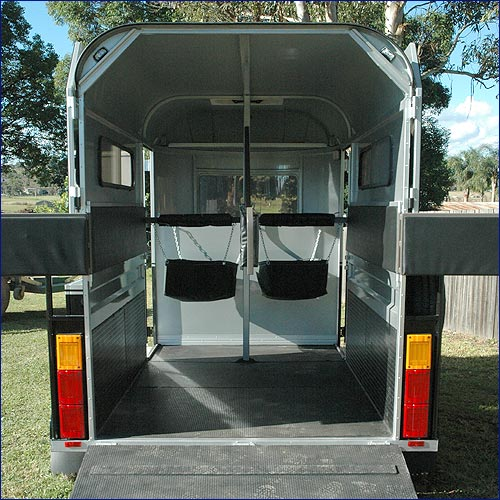 2x Access Doors To Float Front Tack Box Moulded Window Side Steps Rug Rack Fully Lockable